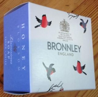 Bronnley Christmas Honey Blossom Luxurious Soap 100g