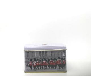 New English Teas - English Breakfast Tea 10 Tea Bags - Tower of London & Guards Tin