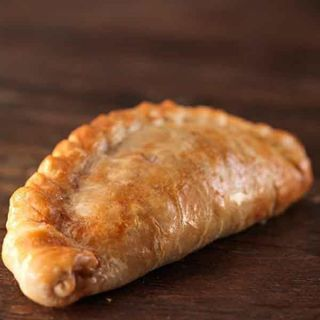 Warrens Cheese, Broccoli & Sweetcorn Pasty 280g